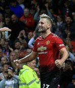 Manchester United Premier Lig'e galibiyetle başladı