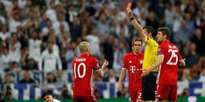 3 Bayernli Kassai'nin odasını bastı!