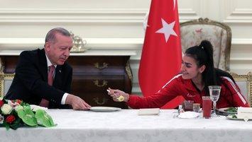 Erdoğan'dan iftar yemeği