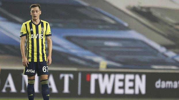 Fenerbahçe'nin Galatasaray maçında iptal edilen golünde ofsayt var mı? Futbol otoriteleri değerlendirdi #