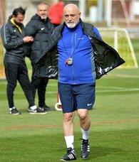 Hikmet Karaman: Başakşehir maçını da galibiyetle süslememiz gerekiyor