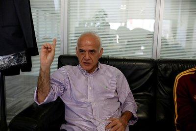 Ahmet Çakar: Ersun Yanal boş konuşuyor!