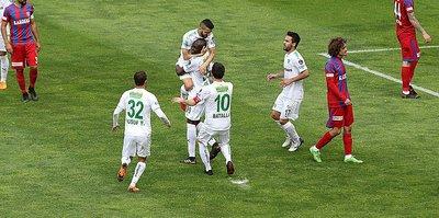Süper Lig'de Bursaspor, Karabükspor'u yenerek nefes aldı