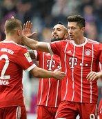 Bayern Münih, evinde farklı kazandı!