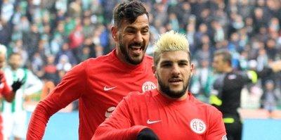 Antalyaspor'da flaş ayrılık!