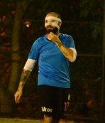 Burnu kırılan Berkay, maskeyle maça çıktı!