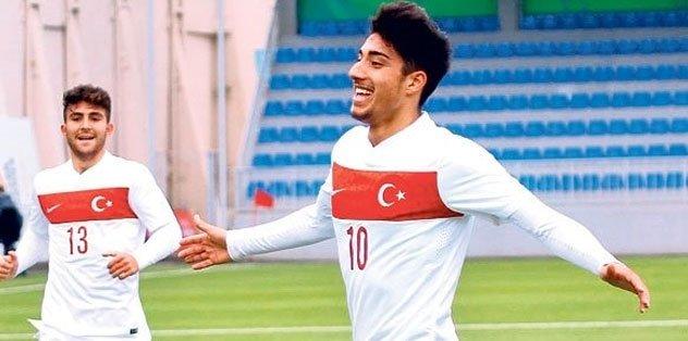 Dört büyüklerin gözdesi Türk yıldız! Berkay Özcan kimdir? Son dakika transfer haberleri