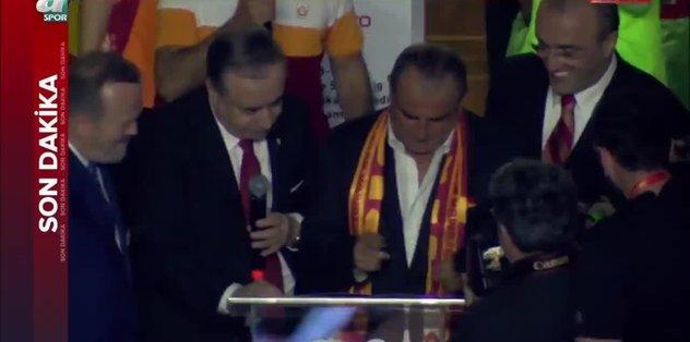 Galatasaray'da Fatih Terim'den 5 yıllık imza!