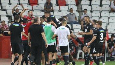 """Son dakika spor haberleri: Beşiktaş'ın galibiyeti Avrupa'da ses getirdi! """"Efsane dönüş"""""""