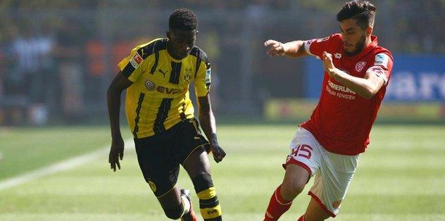 """Bundesliga'da """"sezonun çaylağı"""" Dembele"""