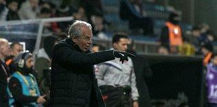 Mustafa Denizli: Fenerbahçe maçı bizim için çok önemli