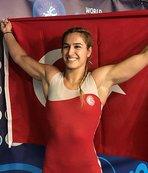 Dünya Güreş Şampiyonası'nda Buse Tosun Dünya üçüncüsü oldu