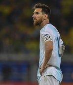 Lionel Messi depremi! 3 ay men...