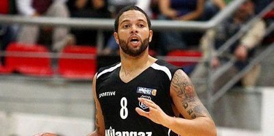 Deron Williams dönüyor!