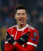 Bundesliga'da ilk yarıya Lewandowski damga vurdu!