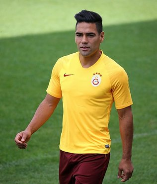 Galatasaray'da divan kurulu toplantısına damga vuran Falcao sözleri
