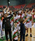 Karşıyaka FIBA Avrupa Kupası'nda yarı finalde!