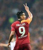 Çarpıcı yorum: Real Madrid'in kaderi Falcao'nun ellerinde!