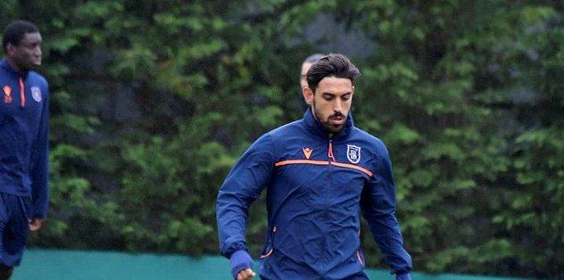 Medipol Başakşehir antrenmanlara devam etti - Futbol -