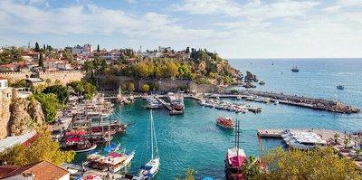Antalya'ya 2 bin futbol takımı