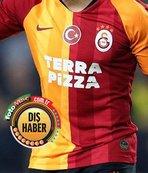 İstanbul'dan ayrılıyor! Transfer görüşmesi için gideceği ülke...