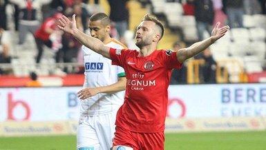 Son dakika transfer haberleri: Hakan Özmert 1 yıl daha Antalyaspor'da!