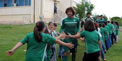 İnegöllü miniklerden Bursaspor'a destek