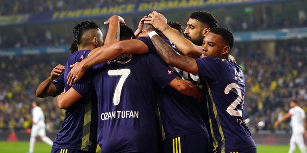 Ünlü yorumcudan flaş sözler! Fenerbahçe'ye operasyon yapılıyor