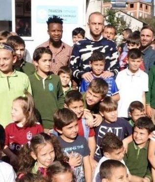 Trabzonsporlu futbolcular açılışa katıldı