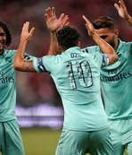 Arsenal, Paris Saint-Germain'i farklı geçti: 5-1
