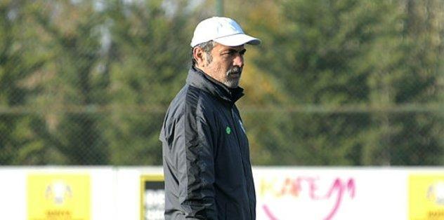 Konyaspor'dan Aykut Kocaman'a destek