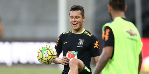 trabzonspor sol bek marlonun transferini kapa bildirdi 1597187677863 - Trabzonspor sol bek Marlon'un transferini KAP'a bildirdi