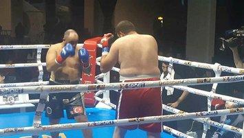 Türk boksör Serdar Avcı dünya şampiyonu!