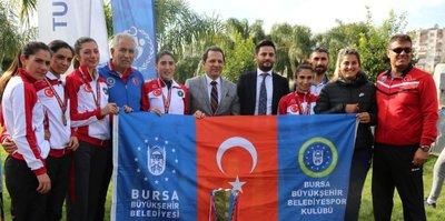 Kros Ligi'nin şampiyonu Büyükşehir