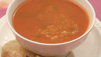 Acılı bulgur çorbası nasıl yapılır?