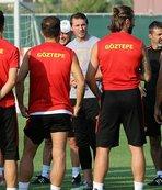 Göztepe'de 3 oyuncu formayı çıkarmadı