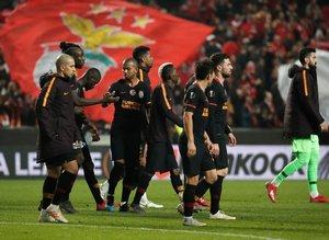 Spor yazarları Benfica - Galatasaray maçını yazdı