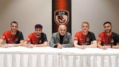 Gaziantep'ten 4 yeni transferlere imza töreni
