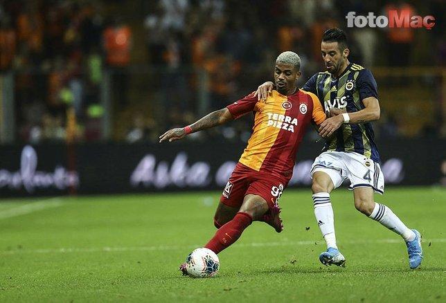 İşte Fenerbahçe - Galatasaray derbisine damga vuran koreografiler