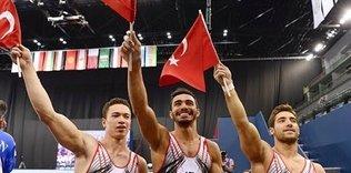 Dünya şampiyonu cimnastikçiler yurda döndü