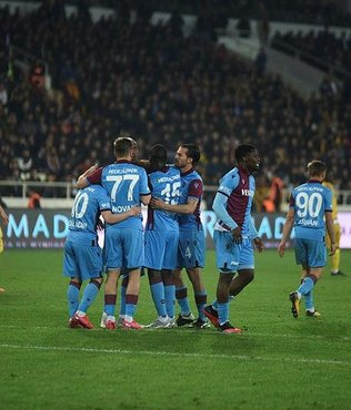Fenerbahçe ve Beşiktaş'ı solladı