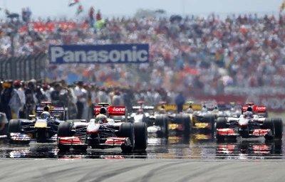 Formula 1 Türkiye GP'sinin galibi Hamilton