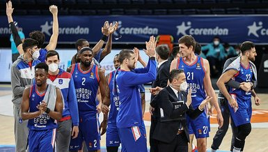 Efes beat Real Madrid to have 2-0 lead in series