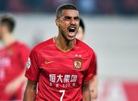 Galatasaray stoper ve forvet transferinde sona geldi!