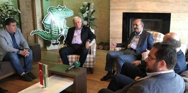Bakan Müezzinoğlu'ndan Bursaspor'a ziyaret