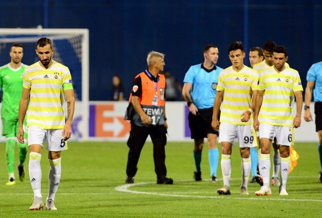 Kötü futbolun sebebi Mehmet Topal!