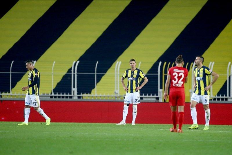 Fenerbahçe - Ümraniyespor maçının ardından şok tezahürat!