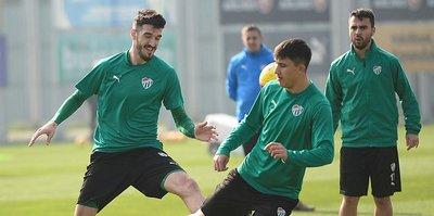 Bursaspor'da Beşiktaş maçı hazırlıkları sürüyor