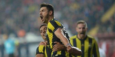 Fenerbahçe Antalya'da samba yaptı!