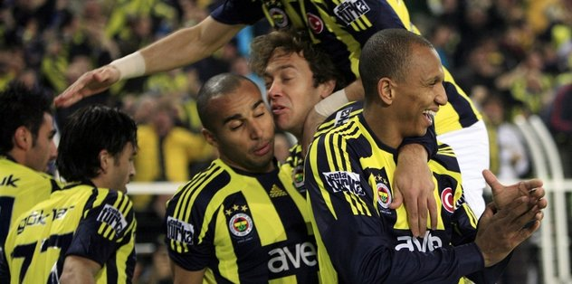 Fenerbahçe tarihinin en iyi 10 oyuncusundan biriyim